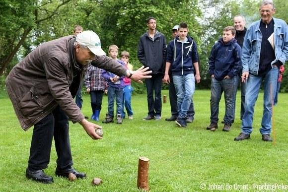 Kaaibakken bij camping 'Wel Wait' te Nieuwe Pekela